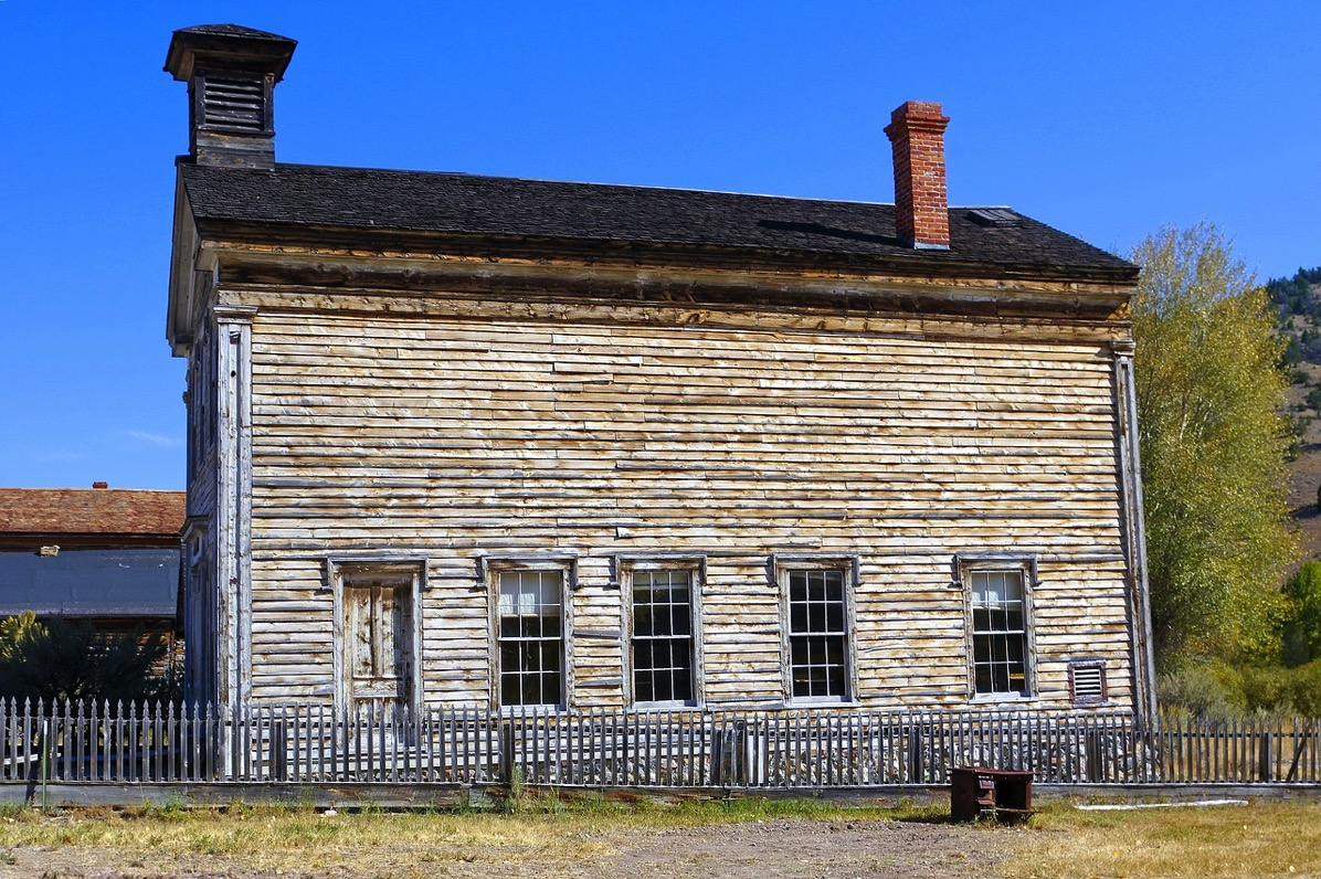 Bannack abandoned school 3957098 1280